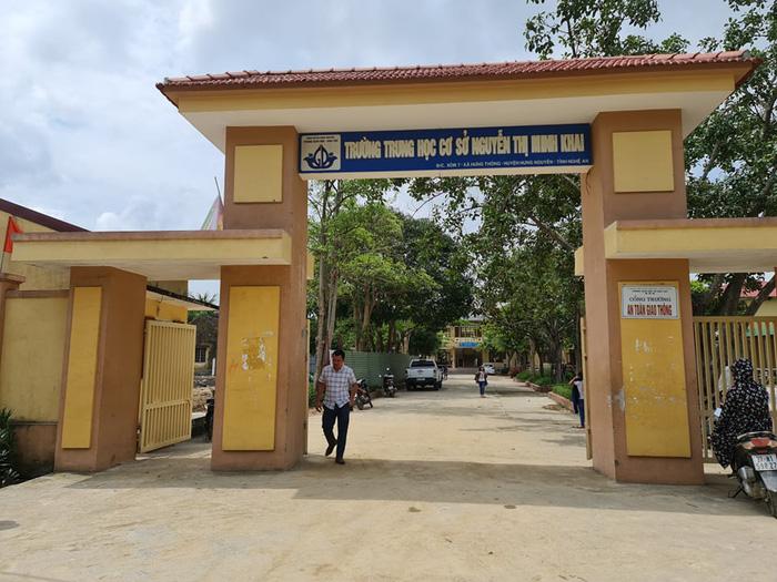 """Từ bất cập tại công trình trường học tại Hưng Nguyên (Nghệ An): Đơn vị """"trúng thầu nhờ... hồ sơ năng lực """"rởm"""" - Ảnh 2."""