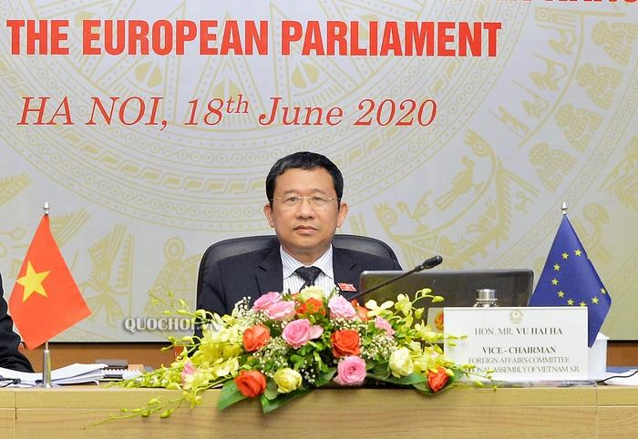 Bí thư Đắk Lắk Bùi Văn Cường được bầu làm Tổng Thư ký Quốc hội - Ảnh 1.