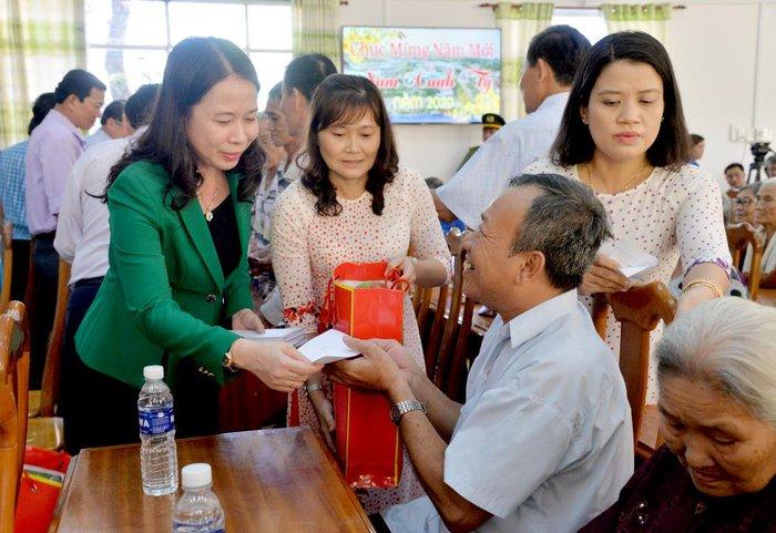 Bà Võ Thị Ánh Xuân - từ nữ Bí thư Tỉnh ủy 7X đến Phó Chủ tịch nước - Ảnh 9.