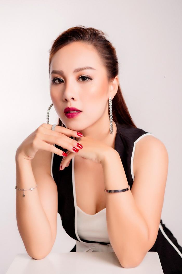 MC Đỗ Phương Thảo là chủ nhiệm đầu tiên của CLB MC song ngữ
