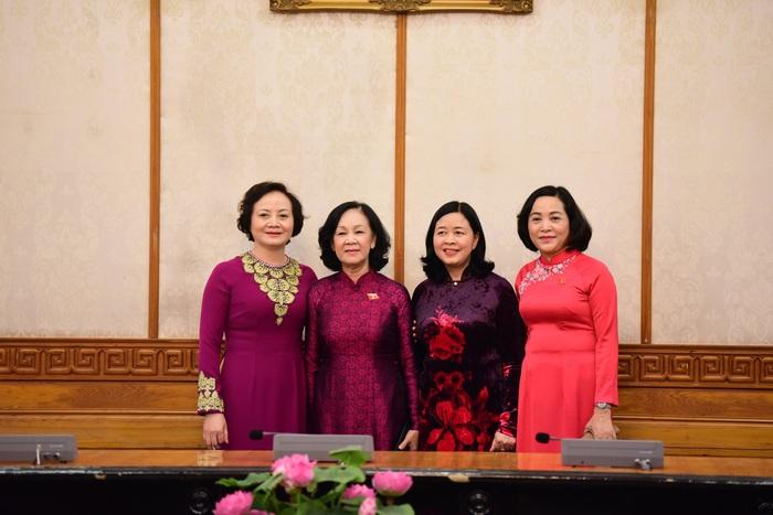 Tổng Bí thư trao quyết định phân công hai nữ Trưởng Ban Tổ chức Trung ương và Trưởng Ban Dân vận Trung ương - Ảnh 2.