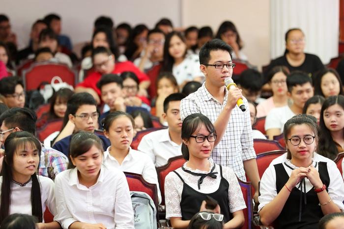 """Tân Bộ trưởng Giáo dục & Đào tạo Nguyễn Kim Sơn: """"Nhà khoa học tâm huyết, nhà giáo truyền cảm hứng cho học trò"""" - Ảnh 7."""