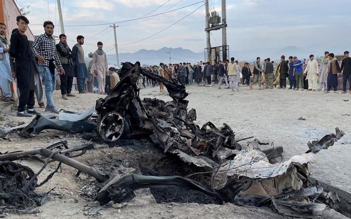 37 nữ sinh thiệt mạng trong vụ tấn công đẫm máu ở Afghanistan - Ảnh 1.