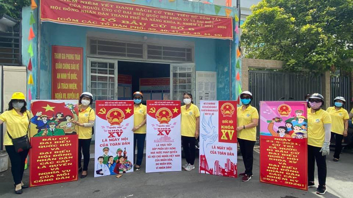 Phụ nữ quận Sơn Trà hỗ trợ chính quyền phòng chống dịch Covid-19 và tuyên truyền bầu cử Quốc hội và HĐND thành phố nhiệm kỳ 2021-2026 - Ảnh 1.