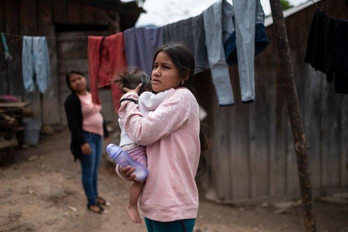 """Những """"cô dâu nhí"""" tuổi 14 ở Mexico - Ảnh 3."""
