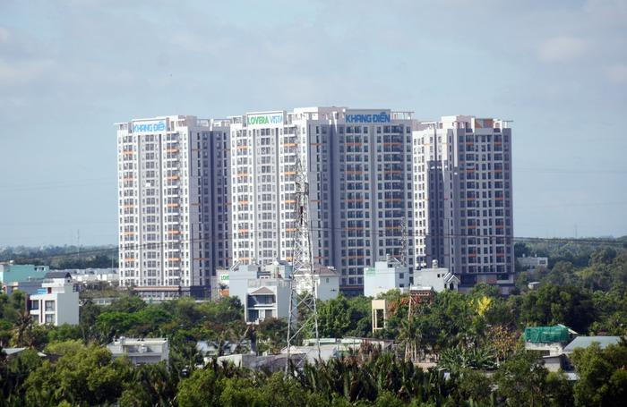 """Thị trường căn hộ chung cư tại TPHCM: Cung - cầu ngày càng """"lệch pha"""" - Ảnh 1."""