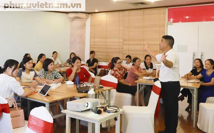 8 lớp tập huấn dành cho chị em tham dự Cuộc thi phụ nữ khởi nghiệp năm 2021 - Ảnh 2.