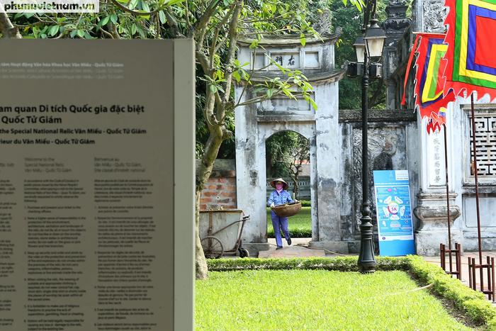 Các di tích nổi tiếng ở Hà Nội đồng loạt đóng cửa để phòng chống Covid-19 - Ảnh 2.