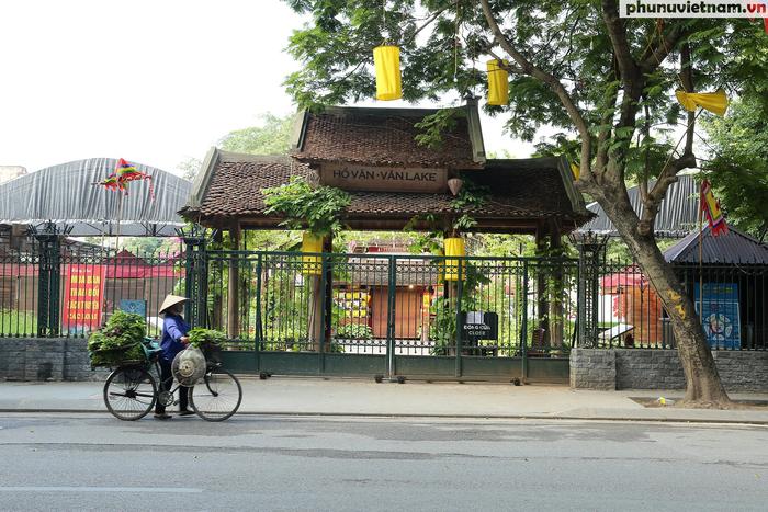 Các di tích nổi tiếng ở Hà Nội đồng loạt đóng cửa để phòng chống Covid-19 - Ảnh 5.