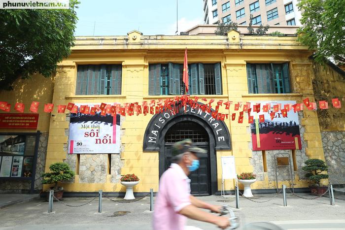 Các di tích nổi tiếng ở Hà Nội đồng loạt đóng cửa để phòng chống Covid-19 - Ảnh 6.