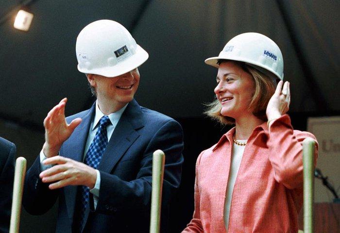 Nhìn lại hành trình 27 năm bên nhau của vợ chồng tỷ phú Bill Gates - Ảnh 2.