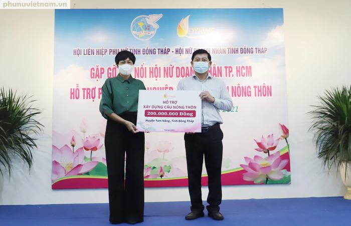 Hội LHPN Việt Nam kết nối xây cầu và hỗ trợ phụ nữ khởi nghiệp tại Đồng Tháp - Ảnh 2.