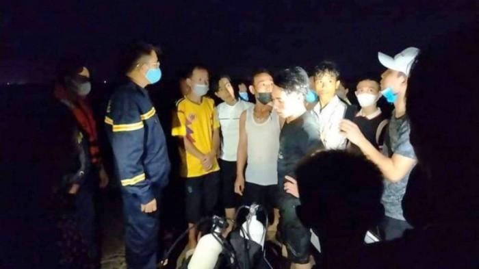 Đi tắm biển, 3 trẻ nhỏ ở Thanh Hóa bị đuối nước thương tâm - Ảnh 1.
