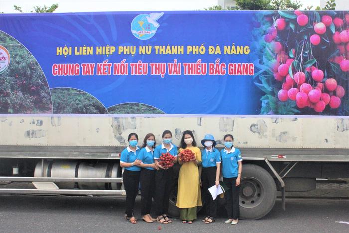 Hội LHPN Đà Nẵng hỗ trợ tiêu thụ hơn 10 tấn vải thiều Bắc Giang - Ảnh 1.
