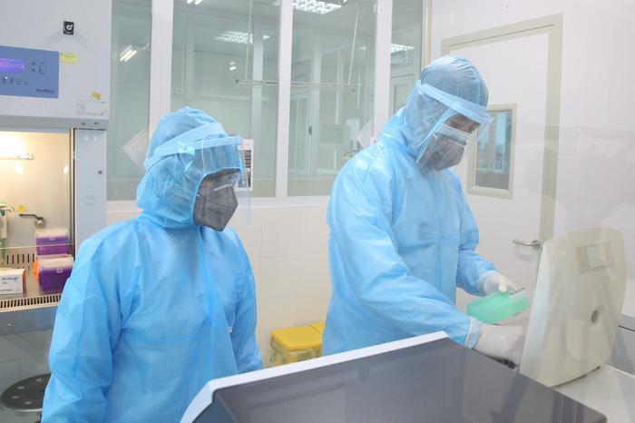 Tiếp tục ghi nhận thêm 7 trường hợp ở Hà Tĩnh dương tính với SARS-CoV-2 - Ảnh 1.