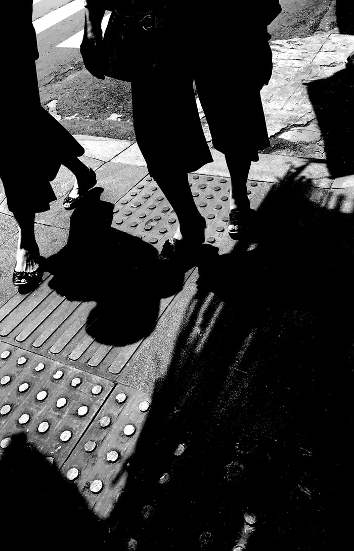 Sài Gòn, phố và người những ngày giãn cách - Ảnh 8.