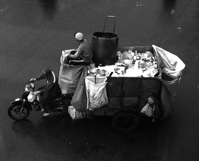 Sài Gòn, phố và người những ngày giãn cách - Ảnh 10.