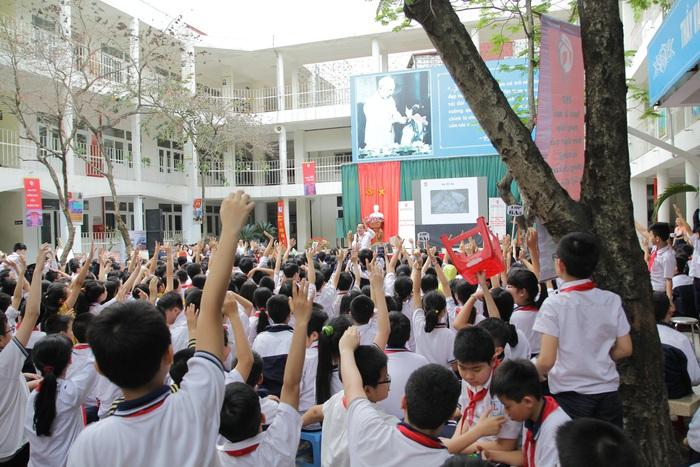 Học sinh hào hứng tham gia các chương trình về phòng tránh ma túy học đường