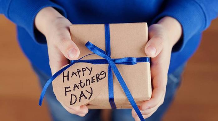Những món quà đặc biệt cho Ngày của Cha trong mùa dịch Covid-19  - Ảnh 2.