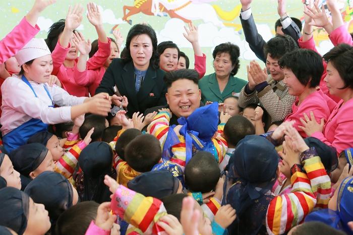 Triều Tiên: Giáo dục miễn phí từ mầm non đến sau đại học - Ảnh 1.