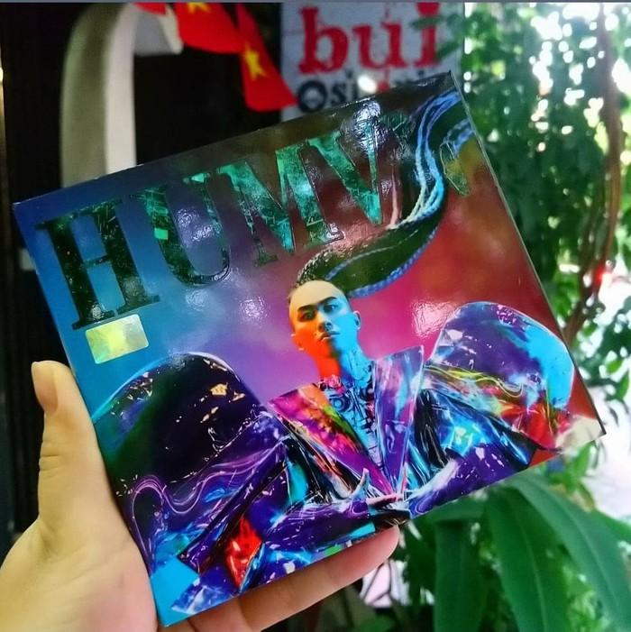 """Album """"Human"""" của Tùng Dương được bán để ủng hộ chương trình """"Hướng về Bắc Giang"""""""