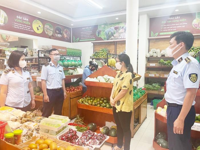 Hà Nội chuẩn bị phương án dự trữ hàng hóa tăng gấp 5 lần cho người dân phòng chống dịch - Ảnh 2.