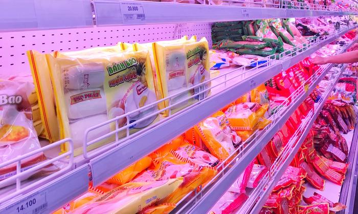 """Người dân tích trữ thực phẩm, Hà Nội tái khẳng định """"đủ hàng"""" - Ảnh 1."""