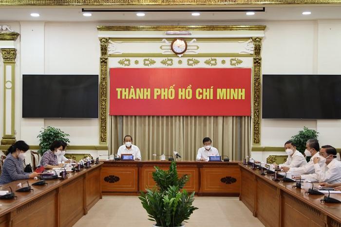 TPHCM tiếp tục thực hiện Chỉ thị 16 đến ngày 1/8 với các giải pháp mạnh hơn nữa  - Ảnh 1.