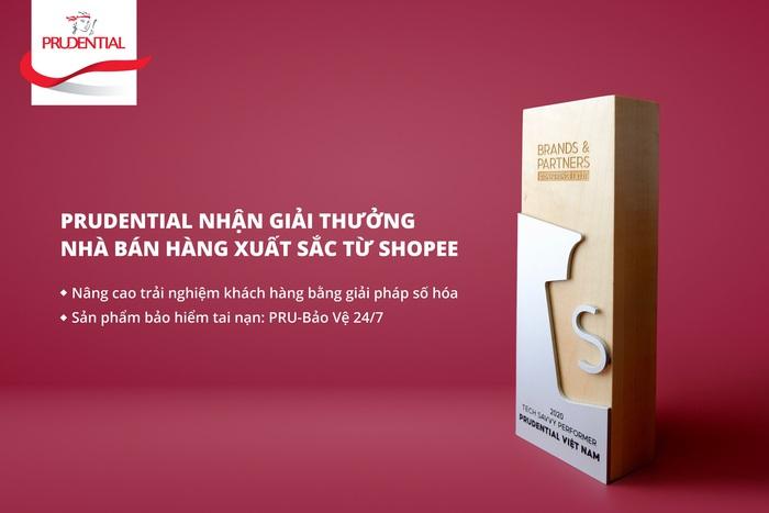"""Prudential nhận giải thưởng """"Nhà bán hàng xuất sắc"""" với sản phẩm PRU-Bảo Vệ 24/7 - Ảnh 1."""