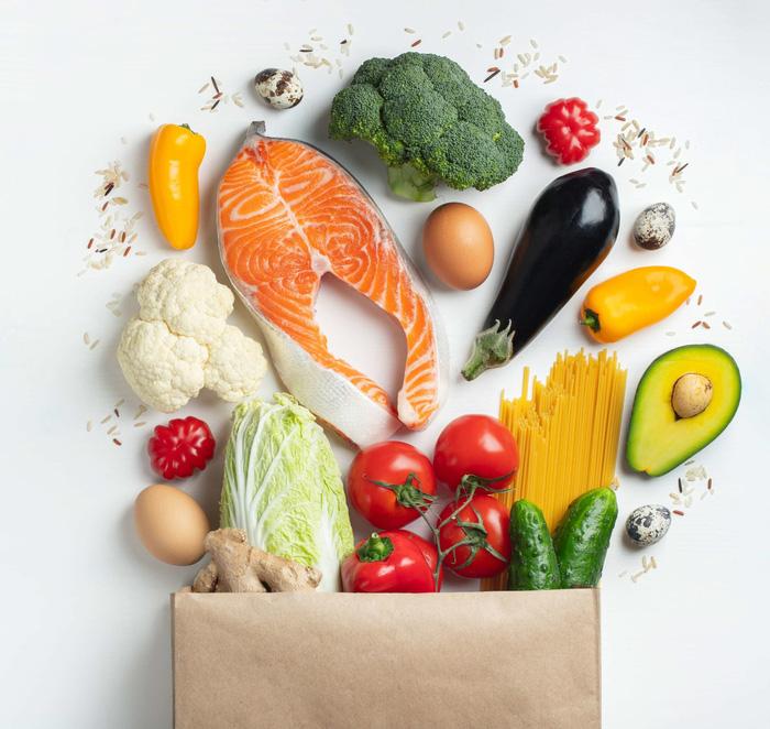 F0, F1 cách ly tại nhà cần ăn uống như thế nào để đảm bảo sức khỏe? - Ảnh 1.