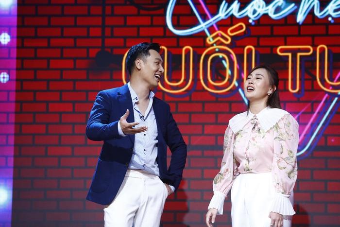 """Phương Oanh cùng Mạnh Trường làm khách mời chương trình """"Điểm hẹn cuối tuần"""" tập 3"""