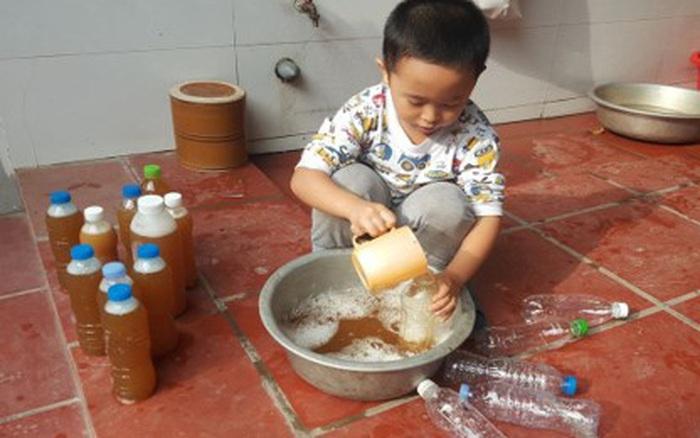 Gia đình sống xanh hướng dẫn làm nước tẩy rửa từ rác thải sinh hoạt hàng ngày
