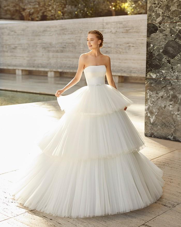 Sang trọng với váy cưới tối giản - Ảnh 2.