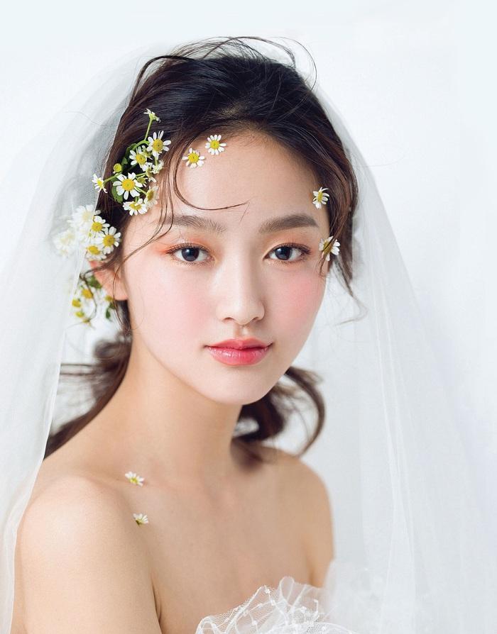"""4 """"màu"""" make up cô dâu - Ảnh 1."""
