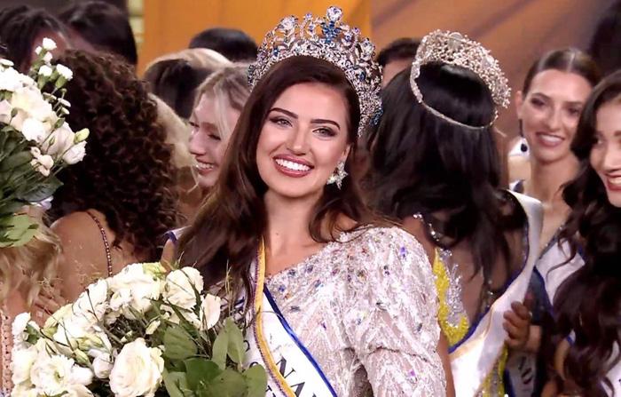 """Tân Hoa hậu Siêu quốc gia được ví như """"bản sao"""" của siêu mẫu Irina Shayk - Ảnh 2."""