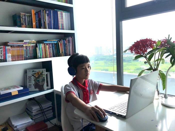 Tổng kết năm học trực tuyến, đảm bảo an toàn phòng dịch - Ảnh 2.