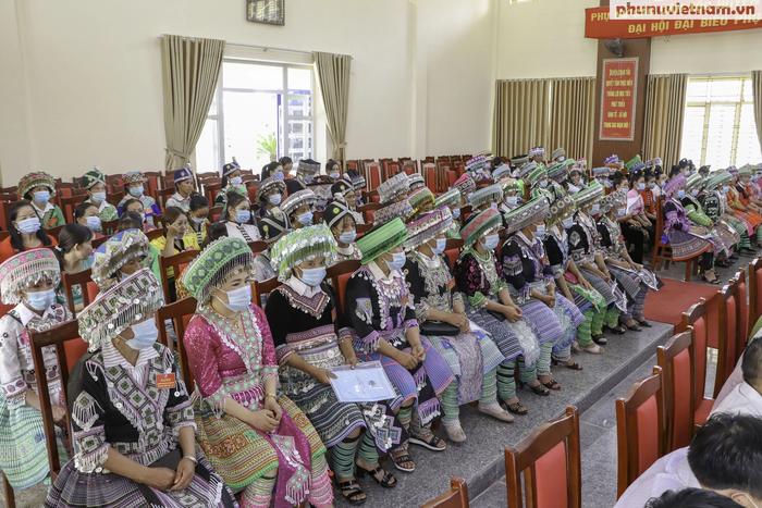 Yên Bái tổ chức thành công Đại hội đại biểu phụ nữ cấp huyện, thị, thành phố - Ảnh 1.