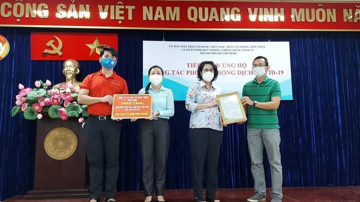 TPHCM tiếp nhận  5.000 túi an sinh từ tỉnh Bình Phước - Ảnh 3.