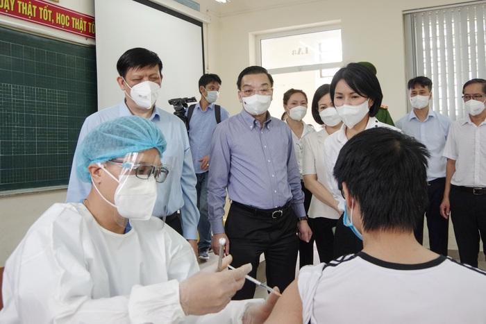 """Ý kiến """"xét nghiệm toàn dân Hà Nội gây lãng phí"""", Bộ trưởng Y tế nói gì? - Ảnh 1."""