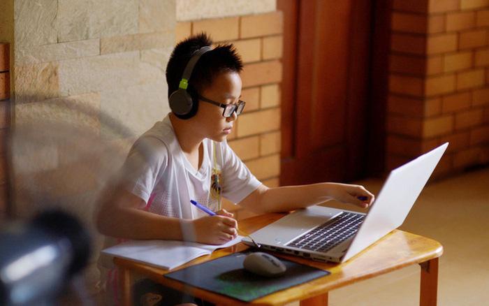 TPHCM: Không được kêu gọi, vận động thu tiền phụ huynh học sinh dưới bất kỳ hình thức nào