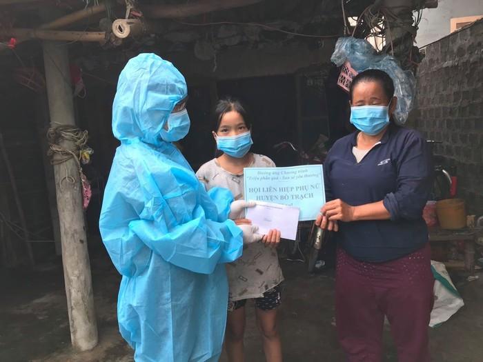 Quảng Bình: Hàng nghìn phụ nữ,trẻ em và người dân có hoàn cảnh khó khăn được hỗ trợ - Ảnh 1.