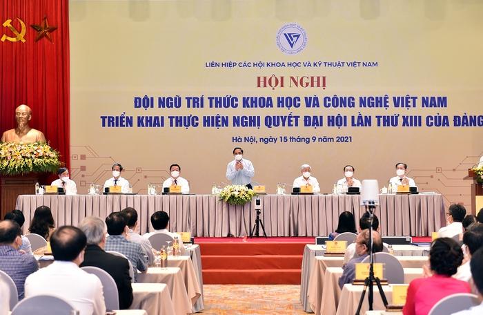 Thủ tướng gợi mở một số đề tài để các nhà khoa học tập trung nghiên cứu - Ảnh 2.