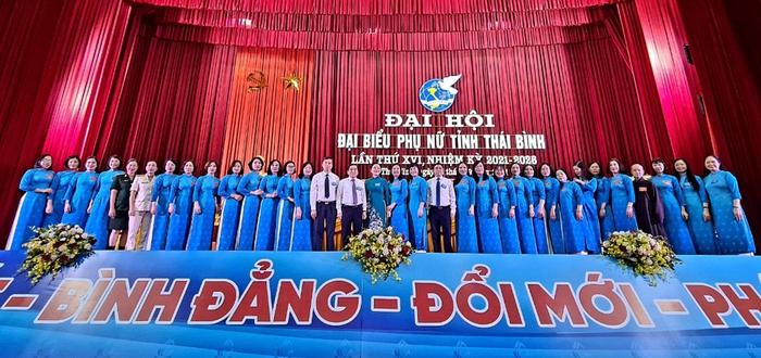 Địa phương đầu tiên khai mạc Đại hội Đại biểu Phụ nữ cấp tỉnh nhiệm kỳ 2021 - 2026 - Ảnh 1.