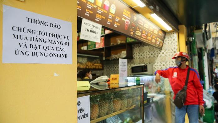 Từ 16/9, Hà Nội cho phép một số quận, huyện được bán hàng ăn mang về - Ảnh 1.