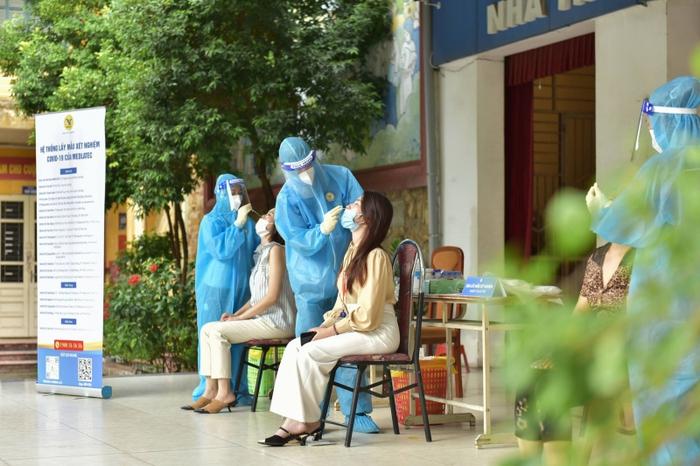 Bộ Y tế: Xét nghiệm thần tốc là vấn đề then chốt để kiểm soát dịch - Ảnh 1.
