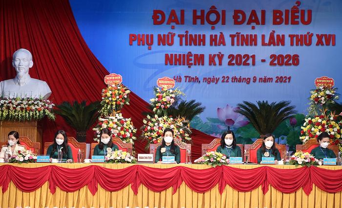 Hà Tĩnh khai mạc Đại hội đại biểu Phụ nữ tỉnh lần thứ XVI - Ảnh 2.