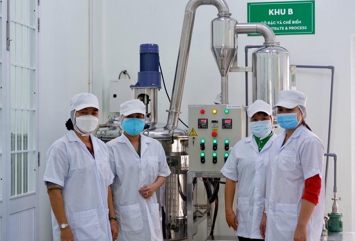 TƯ Hội LHPN Việt Nam hỗ trợ thiết bị sản xuất cho phụ nữ khởi nghiệp - Ảnh 2.