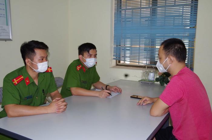 Chia sẻ thông tin sai sự thật về dịch Covid-19 ở Hà Nam, nhiều chủ tài khoản Facebook bị xử phạt - Ảnh 1.
