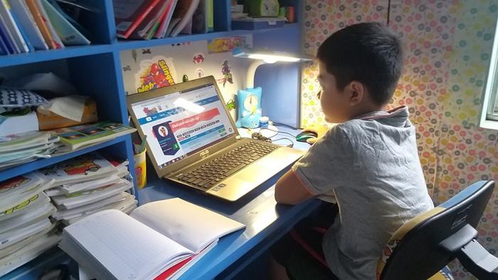 Nan giải việc dạy học trực tuyến với học sinh vùng sâu, biên giới - Ảnh 2.