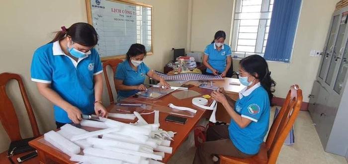 Hội LHPN tỉnh Thanh Hóa vận động hơn 5.000 suất quà san sẻ yêu thương  - Ảnh 1.